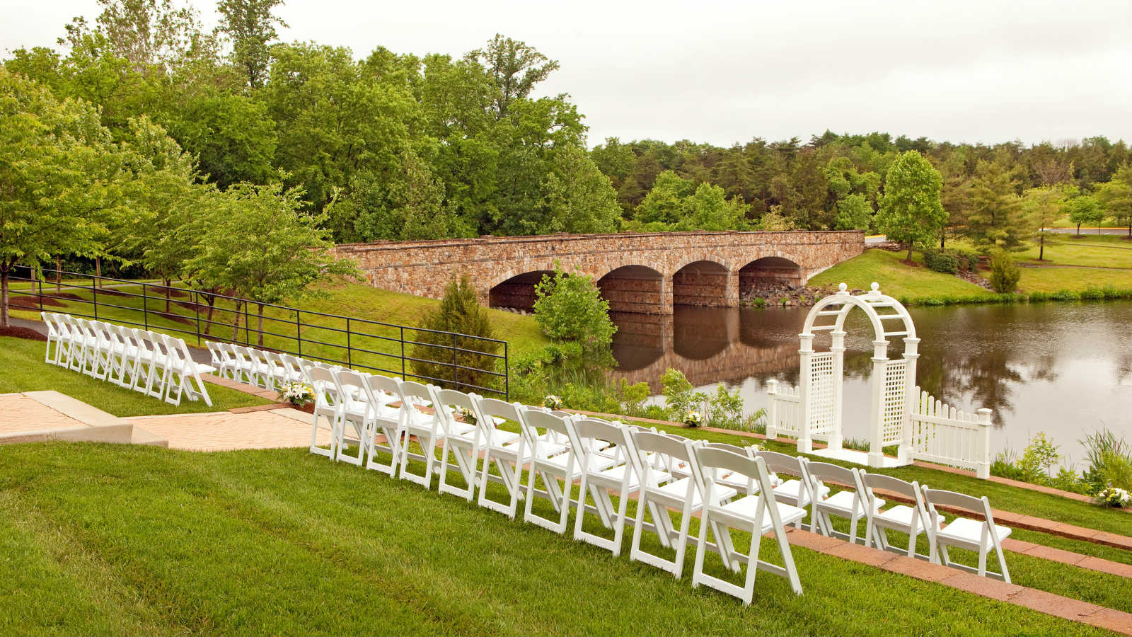 Wedding Venues in Northern Virginia - Outdoor Ceremony